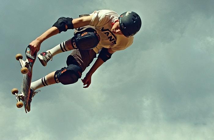 Image-of-skateboarder
