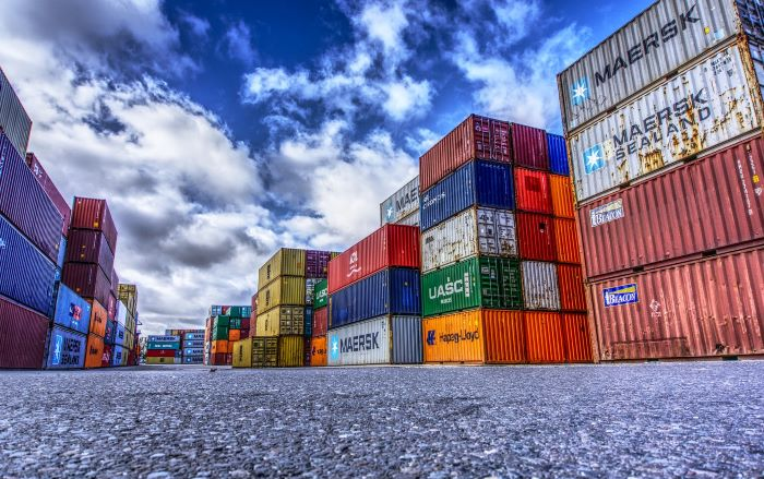images-of-exporting-containers