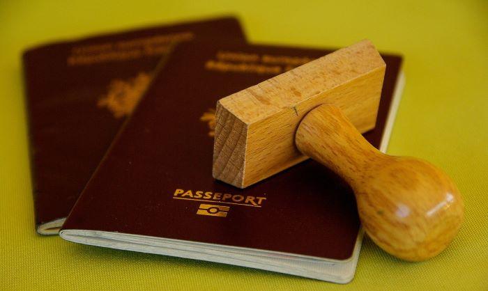 passport-700px