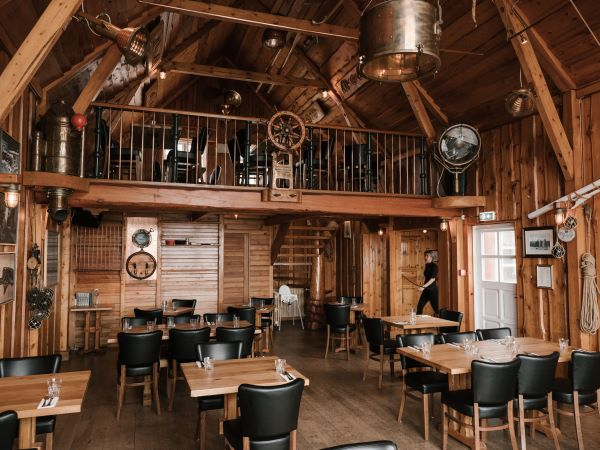 interior-of-wooden-building-of-restaurant