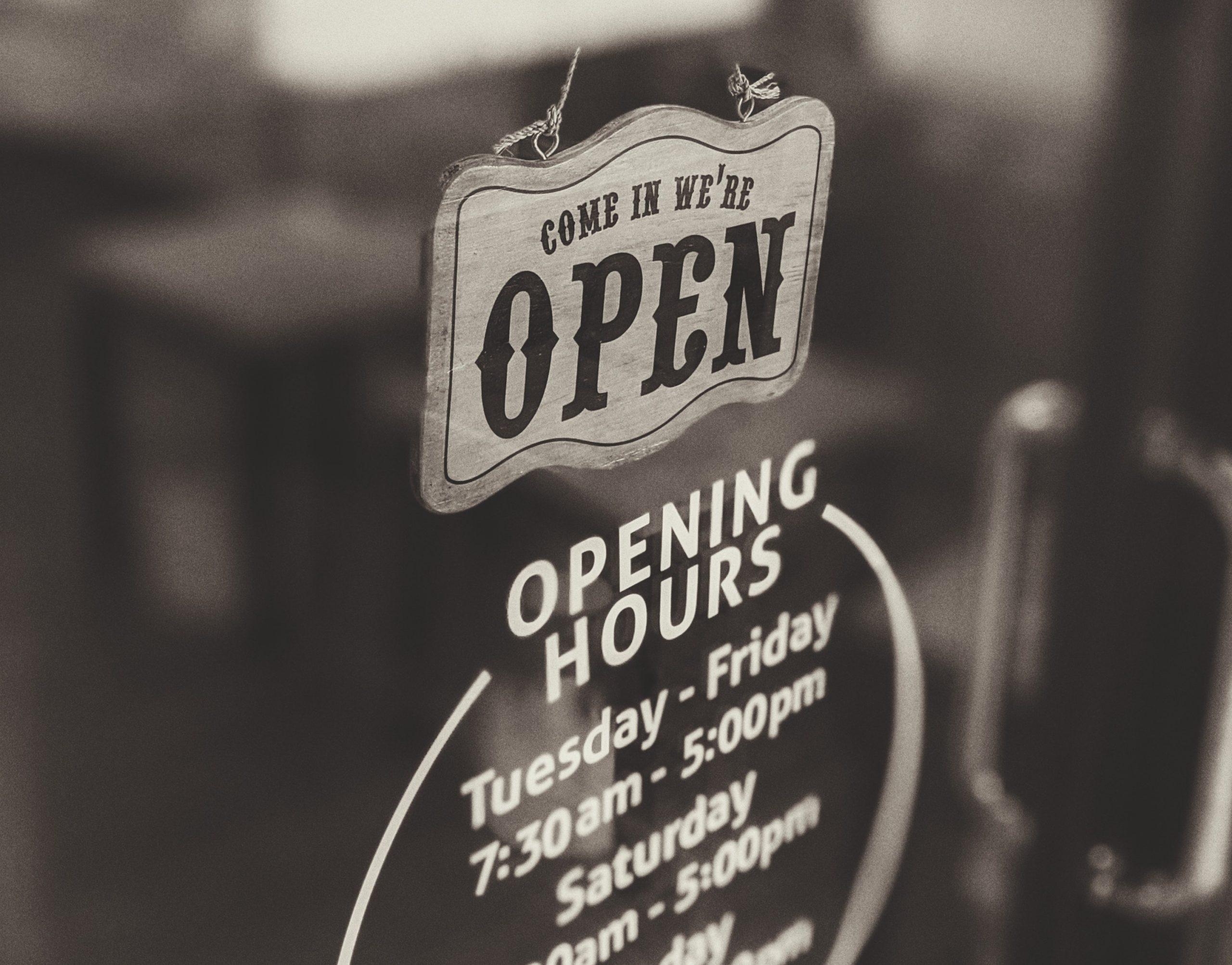 door-sign-opening-times