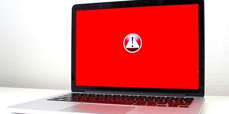 red-pc-screen