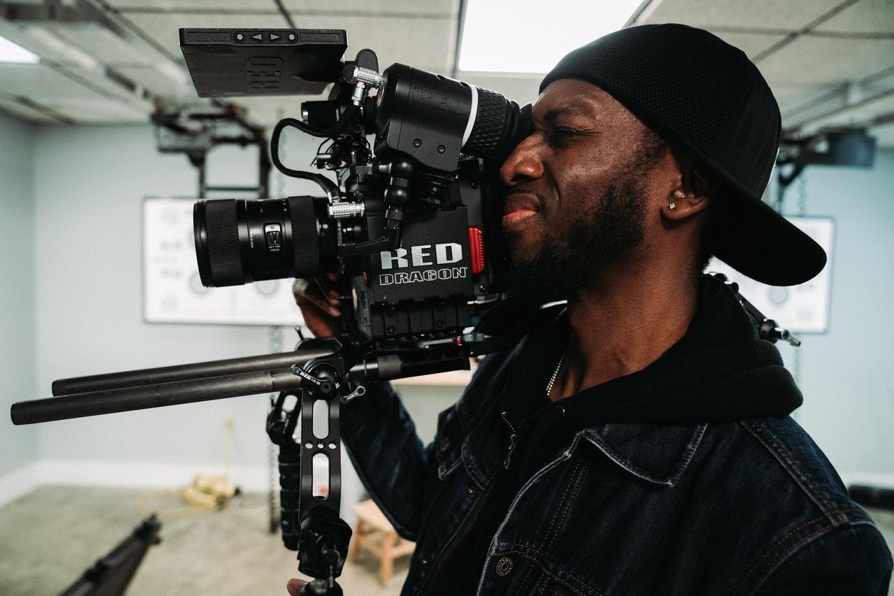 cameraman-filming